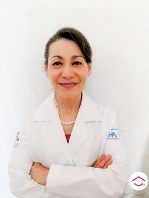 Dra. Adriana Michelle